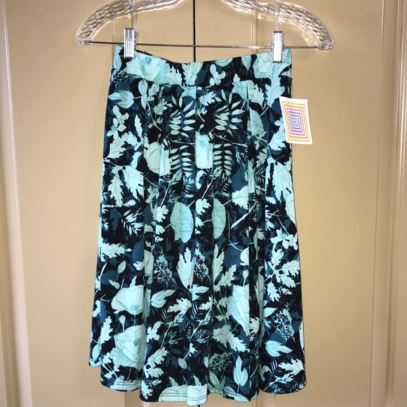 NWT LuLaRoe Madison Skirt with Pockets in XS
